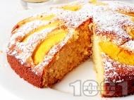 Рецепта Вкусен и лесен домашен кекс (сладкиш) с прясно мляко и пресни праскови (с бакпулвер или сода)